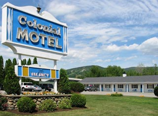 Colonial Motel lodging in North Conway NH