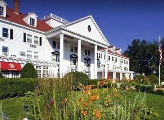 Eastern Slope Inn Resort lodging in North Conway NH