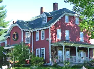 Old Red Inn & Cottages lodging in North Conway NH