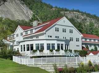 White Mountain Hotel & Resort lodging in North Conway NH