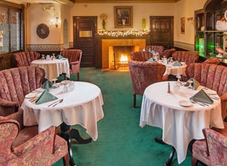Dine at the Wild Rose Restaurant at Stonehurst Manor in North Conway NH