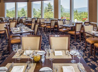 Dining with a view at the White Mountain Hotel in North Conway NH