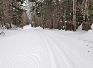 More than 400 km of trails for cross country skiing and snowshoeing offered by six area Nordic Centers