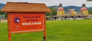 North Conway Billboard with Covid-19 mask